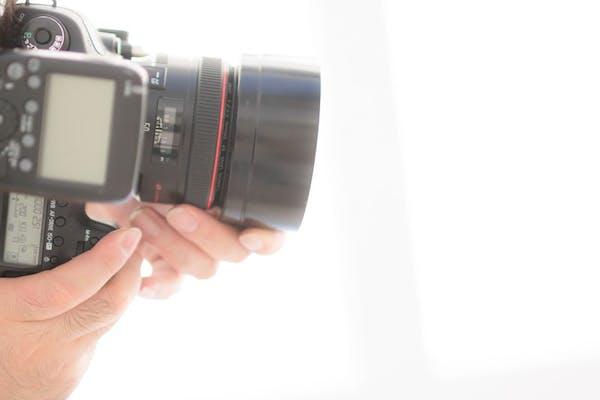 商品撮影をカメラマンに依頼してみましょう