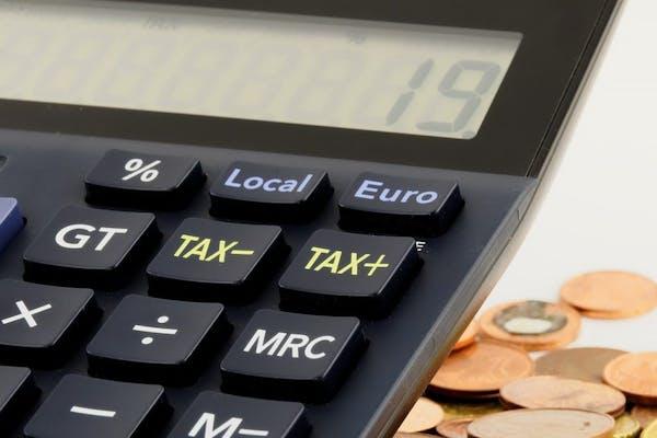 税理士に確定申告をした方が良い場合とは?