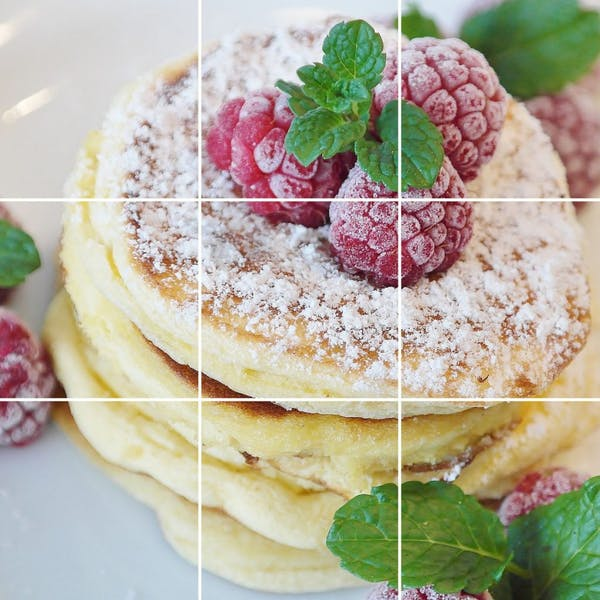 三分割構図のパンケーキ