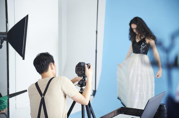 オーディション用の全身写真は自撮りでは難しい?スタジオで撮るべき?
