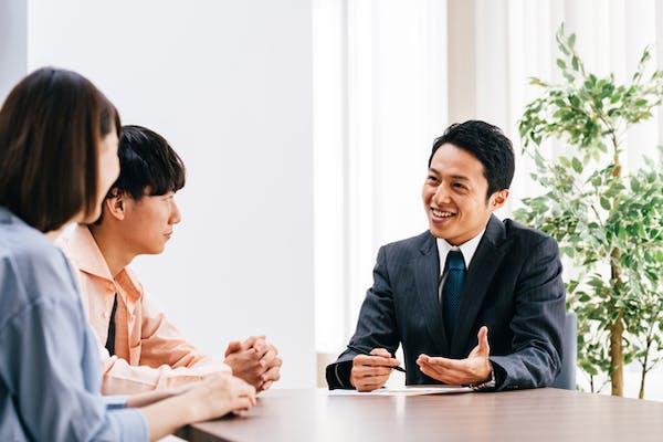 定款作成は税理士などの士業に依頼できます