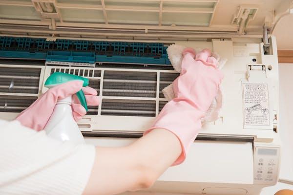 エアコンのフィンお自分で掃除する方法