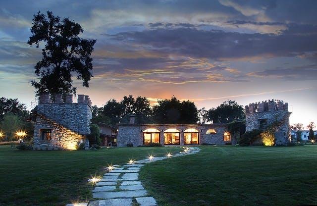 夕方の綺麗な住宅写真