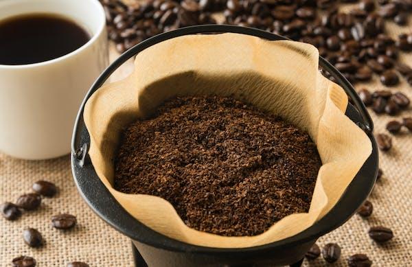コーヒーかすの除草効果