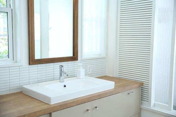 洗面台の黄ばみ・黒ずみの原因