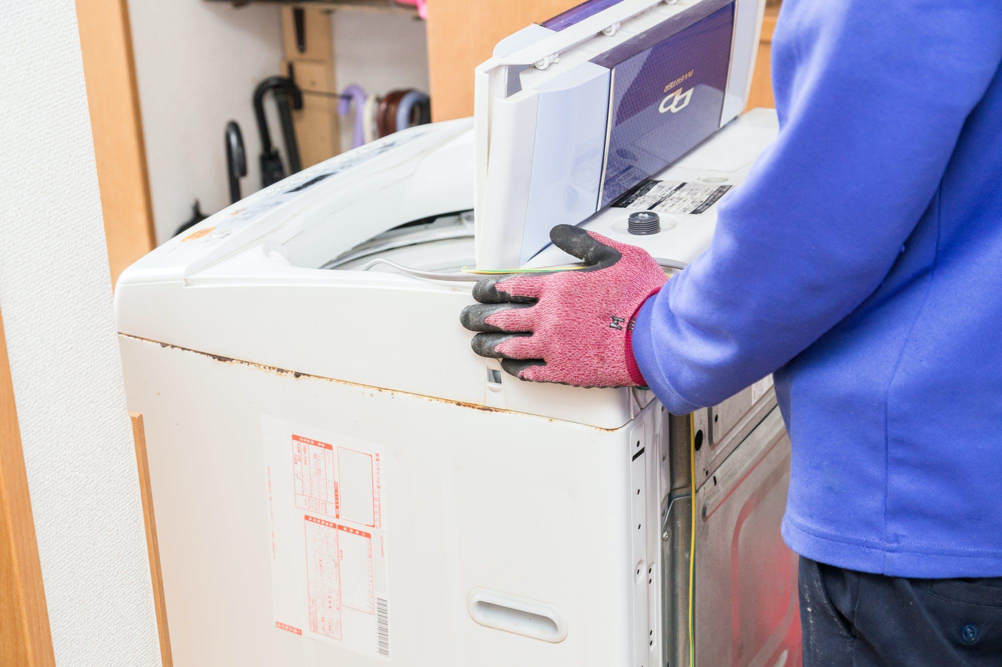 洗濯機の運び方|事前準備と引越し時の運び方の注意点を解説! - ミツモア