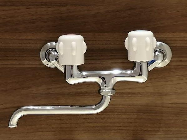 ツーハンドル混合水栓