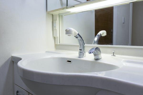 洗面台のコンビネーション水栓
