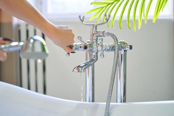 ホースタイプの水栓