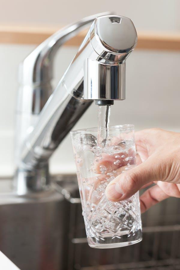 浄水機能つき水栓