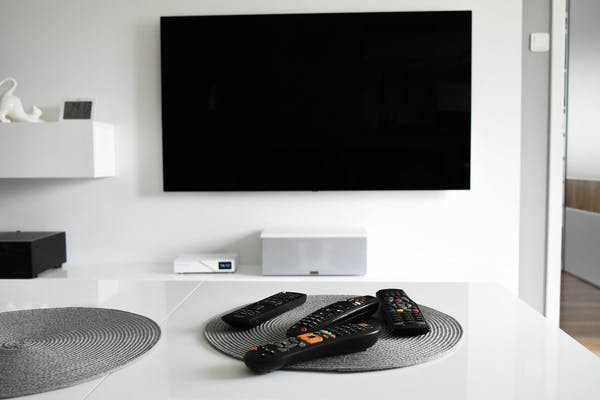リビングの大型テレビ