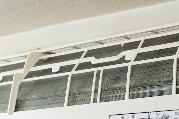 エアコン内部のフィン