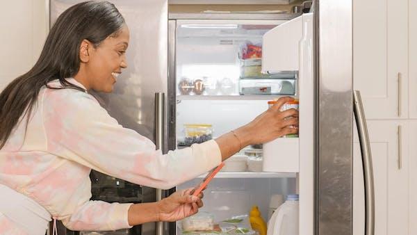 冷蔵庫の電源を切り忘れたときの霜取り方法