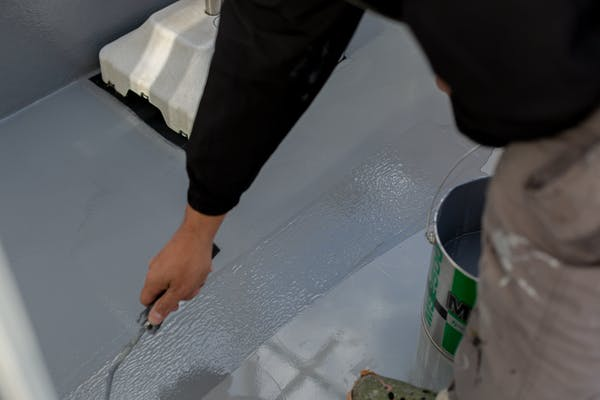 ベランダにFRP防水を施工