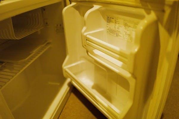 冷蔵庫の側面