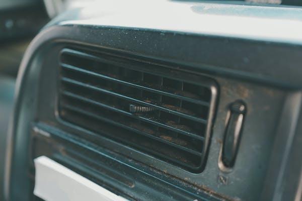 トラック エアコン