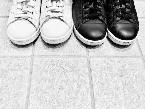 玄関にそろえられた靴